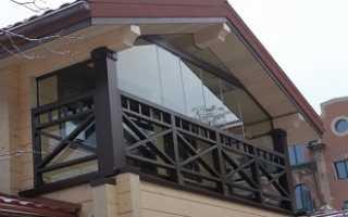 Частный дом с балконом