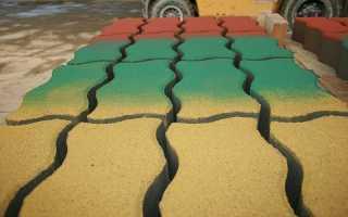 Как красить тротуарную плитку