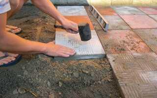 Брусчатка на белом цементе