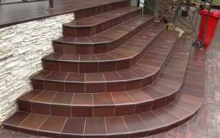 Укладка плитка для лестниц