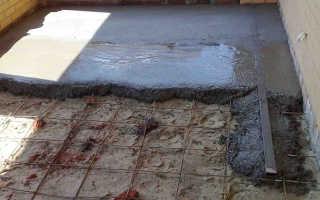 Залить полы бетонной стяжкой в доме